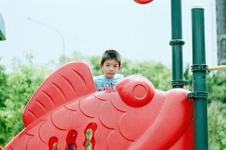 公園にいる男の子