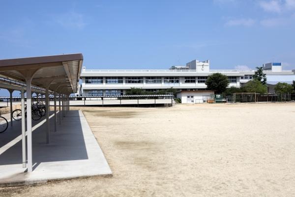 学校の校庭